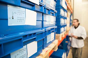 """Kühllager 2 – 8 °C  """"One-Stop-Service"""": Logistik für temperatur-empfindliche Arzneimittel"""